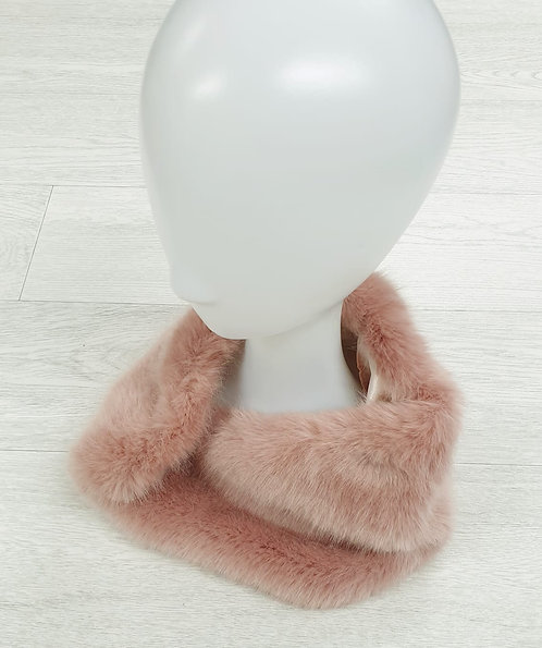 New Look pink faux fur neck warmer