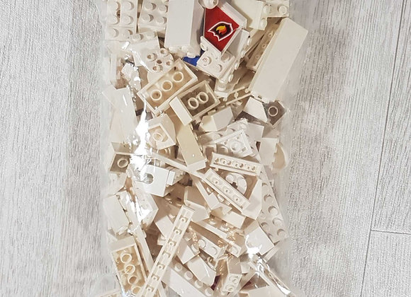 ◾Bag of white Lego/Lego compatible bricks and parts. 250g approximately