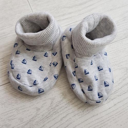 Mothercare grey sailboat booties. 3-6m