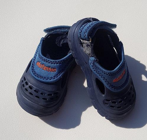 Elefanten velcro sandals. Euro 21