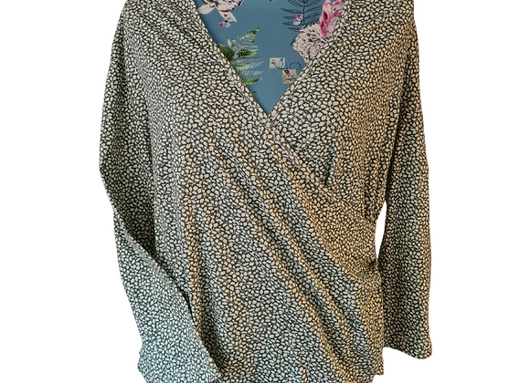 Cotswold Collections green mix wrap front top. Size L