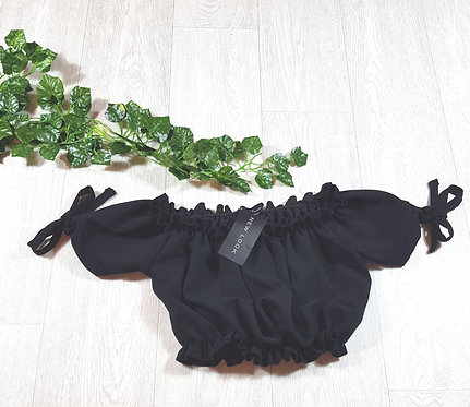 ✴New Look black puff sleeve and tie up bow crop top size 10 (NWT)