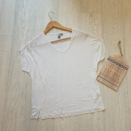 💚Asos white T-shirt. Size 10