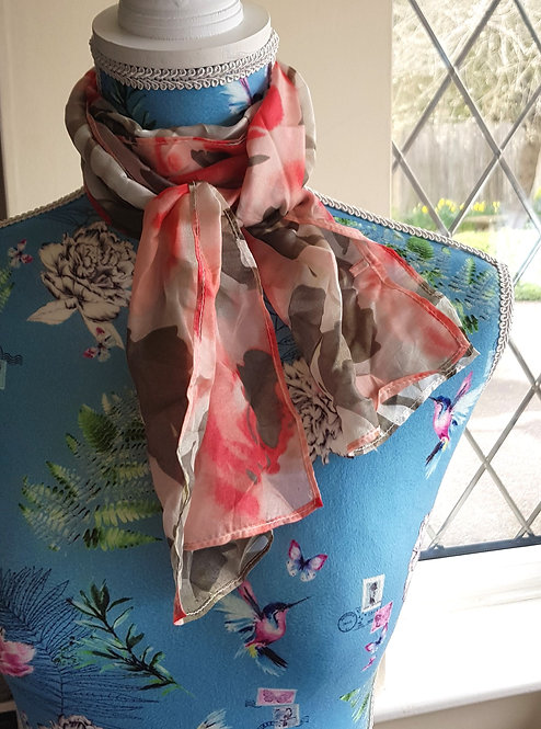 Small pink rose scarf