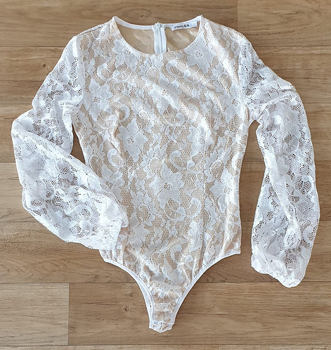 Cherry KoKo nude/white lace bodysuit