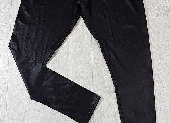 ◾F&F Wax effect black leggings. Size 18