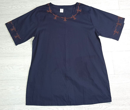 Museum Selection navy tunic. Size M