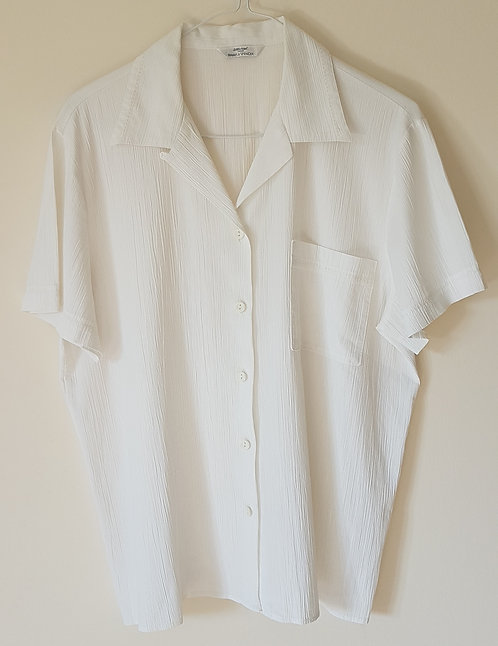 Marks and Spencer. White blouse. Size 14-16.