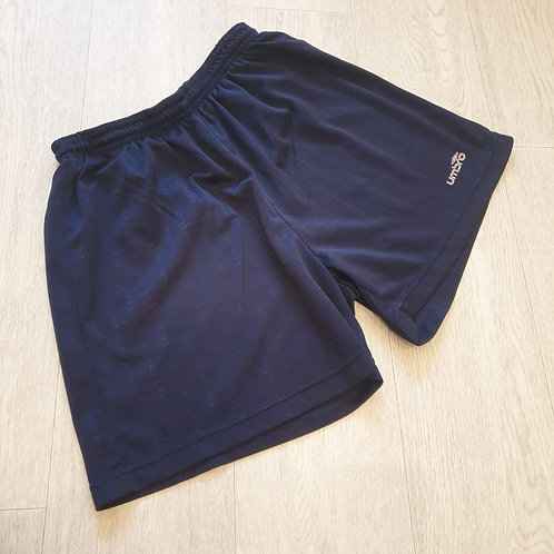 ⚽️Umbro navy sports shorts. Size S