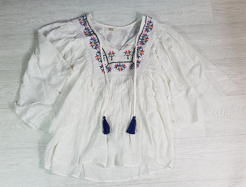 Culture Vulture white smock top. Size M
