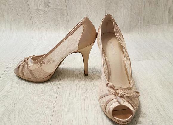 Catwalk nude lace heels. Eu 40