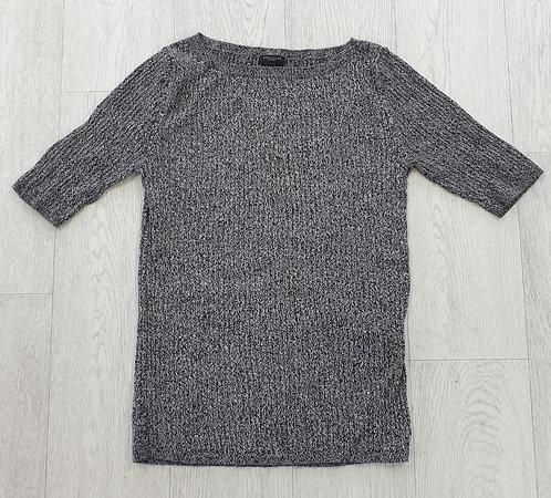 Ann Taylor knit top. Size M