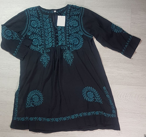 Museum Selection charcoal/teal embroidered tunic. Size S