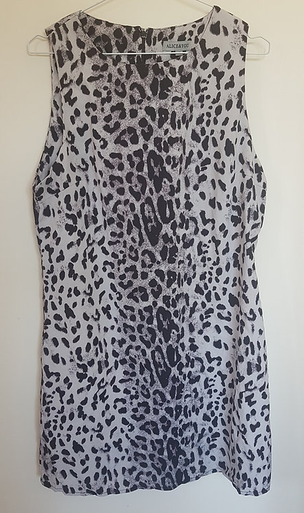 ALICE&YOU. Grey leopard print dress with zip up back.