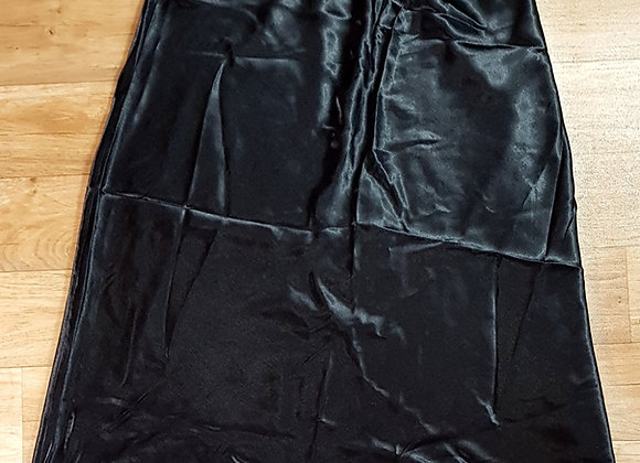 Essence black skirt. Size 20