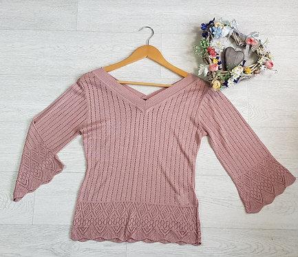 H&M dusky pink knit top. Size M