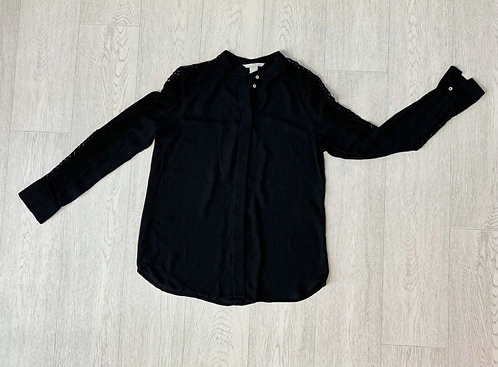 🍃H&M black blouse. Euro 32