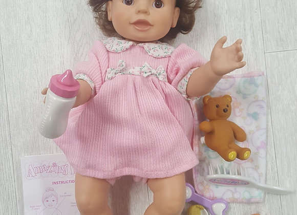 ◾Amazing Babies interactive doll by Playmates. Vintage doll set
