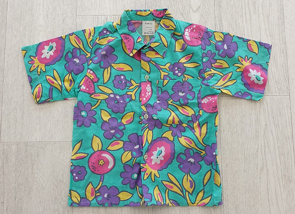 Bright shirt. 4yrs