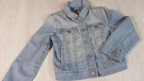 ◾Gap denim jacket. 6-7yrs