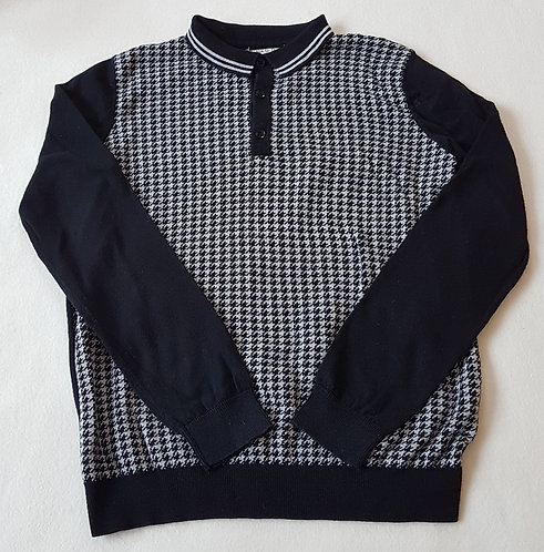 MATALAN. Black patterned knitted top with collar. Size 12-13 years.
