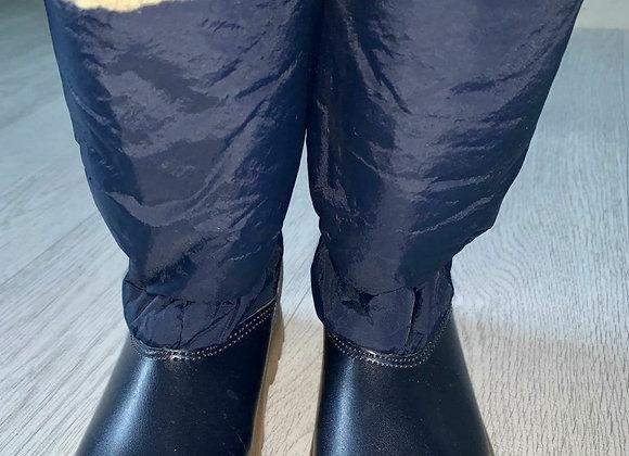 🦊Chipmunks navy winter boots. Infant size 7