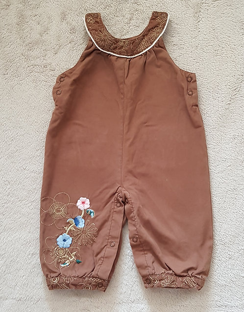 Tu. Brown trouser suit. 6-9 months. Keep away from fire.