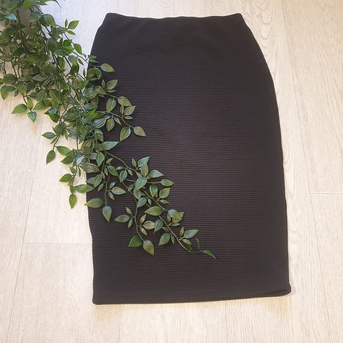 🏵Primark black textured pencil skirt. Size 6