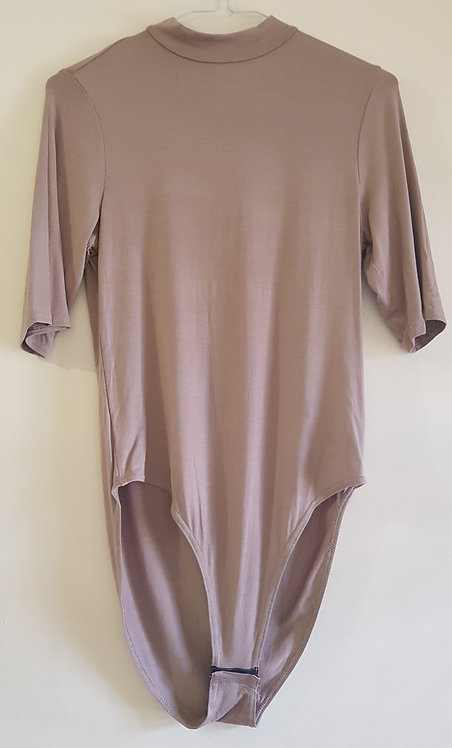 New Look body suit. Beige. Size 14. With poppers.