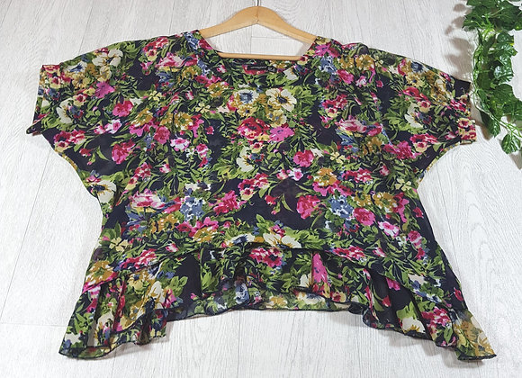 ✴Atmosphere Navy and floral chiffon blouse