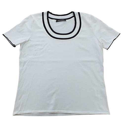 Betty Barclay off white/navy knit t-shirt. Uk 16