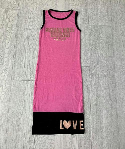🐢Squad Vibes pink long vest dress. 8-9yrs