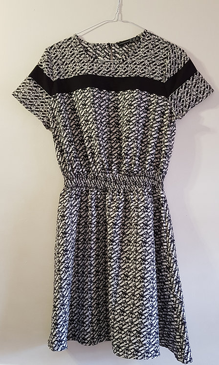 ATMOSPHERE Black and cream dress. 100%polyester size 8