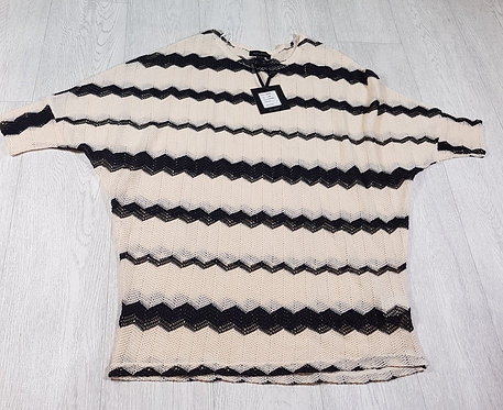 🔷️QED London black / cream net top size S/M (NWT)