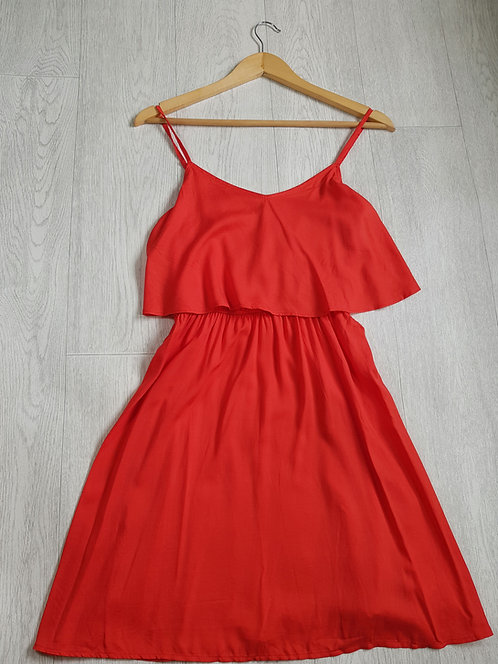 🔷️H&M orange A-line dress with frill chest size 10 (NWT)