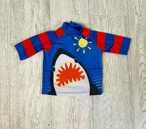 🌞Tu shark swim top. 6-9m