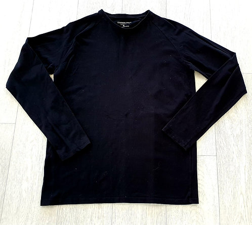 Cedar Wood State muscle fit black long sleeve top. Size L