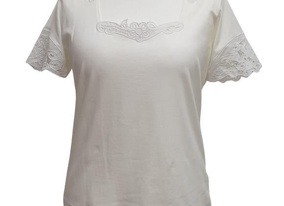 Apriori white vintage T-shirt. Uk 16