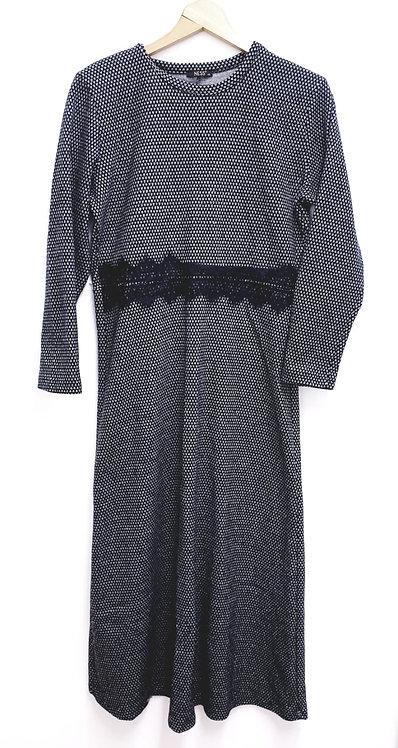 Ness black long sleeve dress. Euro 42