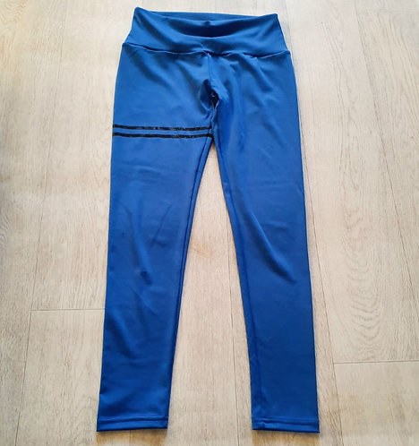 Blue leggings. Suggested size 10