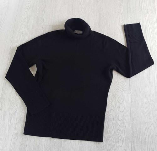6a12a4dde75 DEBENHAMS Black roll neck jumper. Size 12