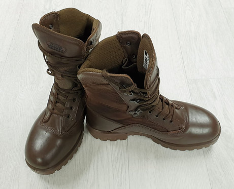 YDS high performance brown walking boots. UK 9