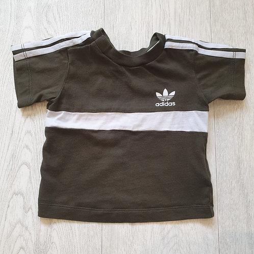 Adidas khaki t-shirt 3-6m