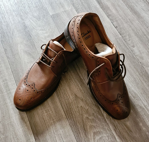 Clarks leather brogues. Uk size 8 NWOT