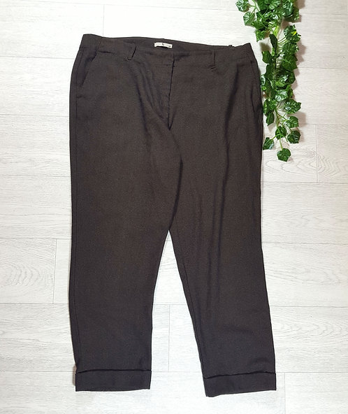 ✴Tu Brown roll up trousers size 18