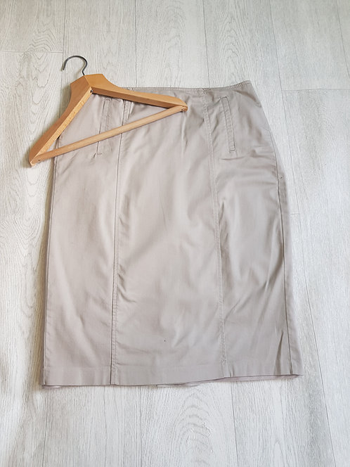 🔵M&S beige pencil skirt with zip and button at the back size 12