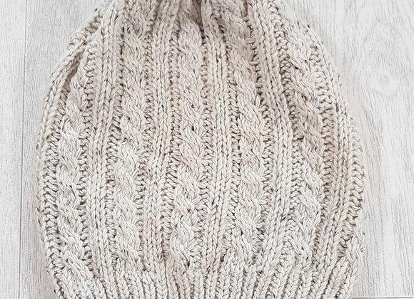 ◾Beige knit winter hat