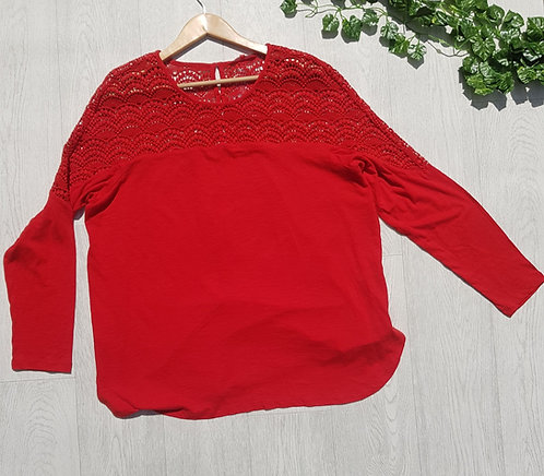 Next red top with crocheted detail. Size 20 NWT