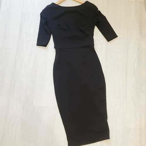 🌸boohoo black open back belted midi dress. Size 8 NWT