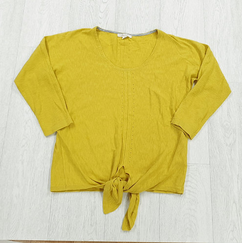 White Stuff mustard yellow knot front lightweight sweater. Size 8